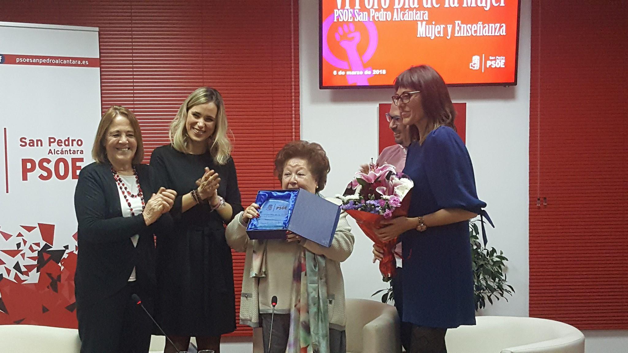Como cada 8 de marzo, el PSOE reconoce la trayectoria de mujeres de San Pedro