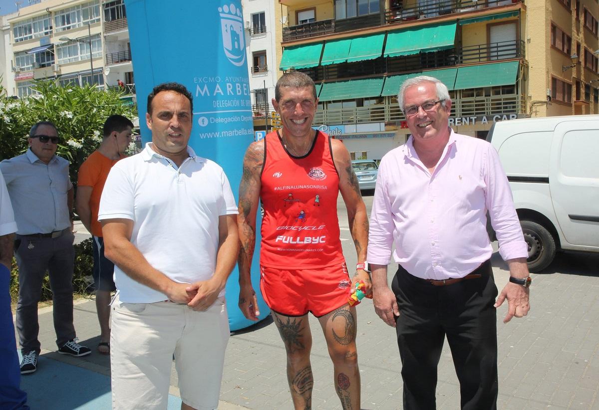 San Pedro recibe al deportista Fernando Plaza en su Desafío Transibérico