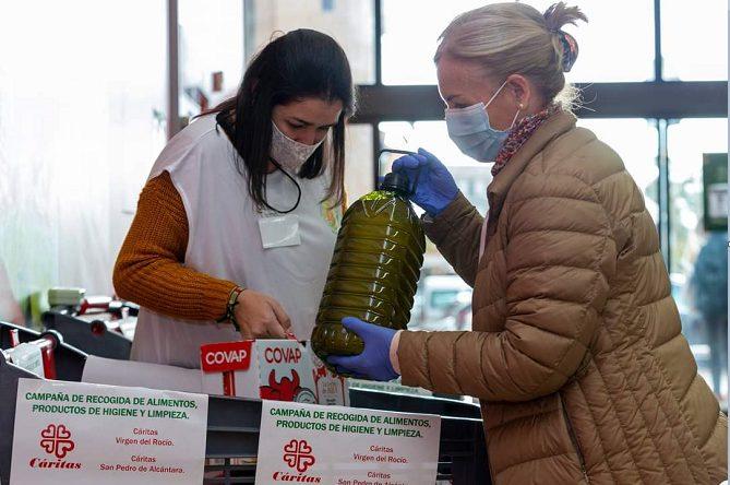 Amanecer en la Colonia recoge más de 15 toneladas de alimentos para Cáritas