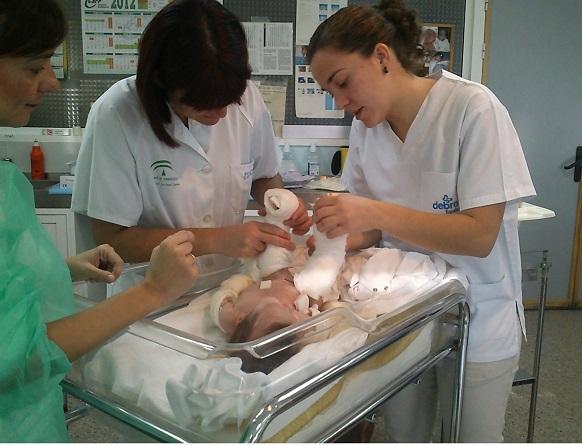 DEBRA pide financiar a las enfermeras que atienden Piel de Mariposa