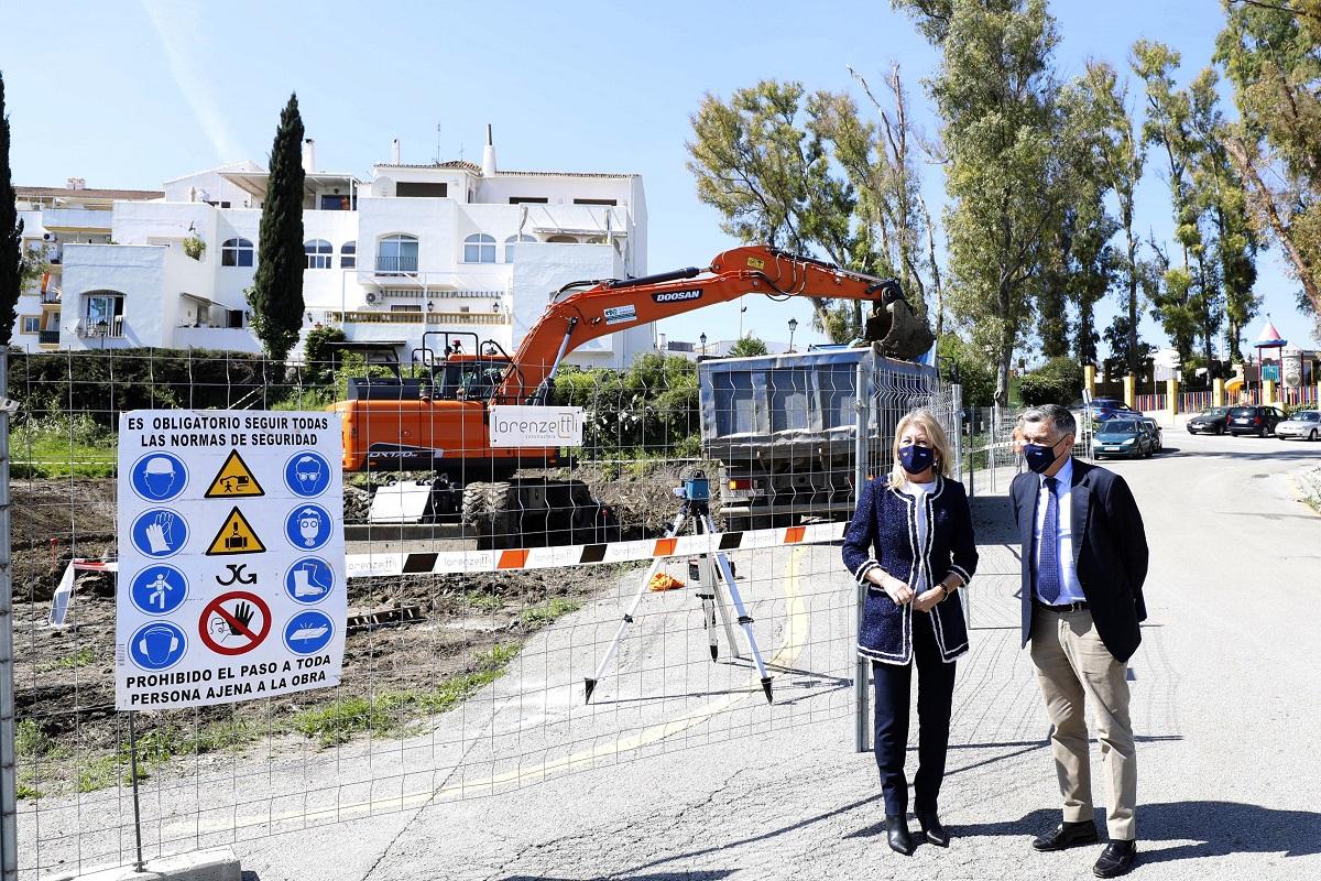 Arrancan las obras en una parcela del distrito